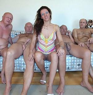 Naked Teen CFNM Pics