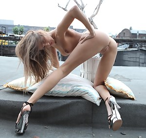 Naked Skinny Teen Pictures